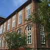 Sistema di verniciatura infissi, recupero di interesse storico sotto tutela Soprintendenza per i beni Ambientali Architettonici del Piemonte presso Facoltà Economia e Commercio di Torino corso Unione Sovietica.